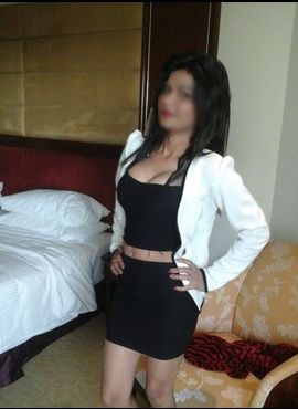pune call girl Airhostess